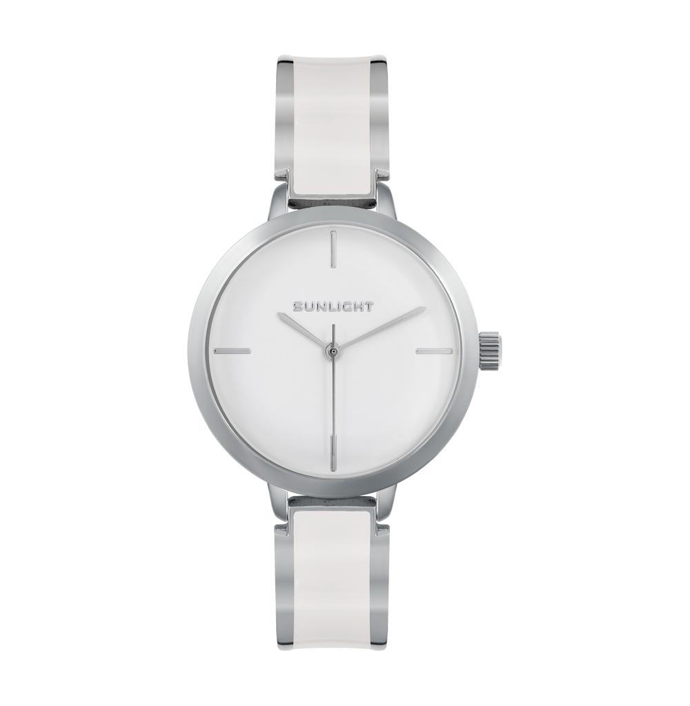 Фото «Женские часы на металлическом браслете с эмалью»