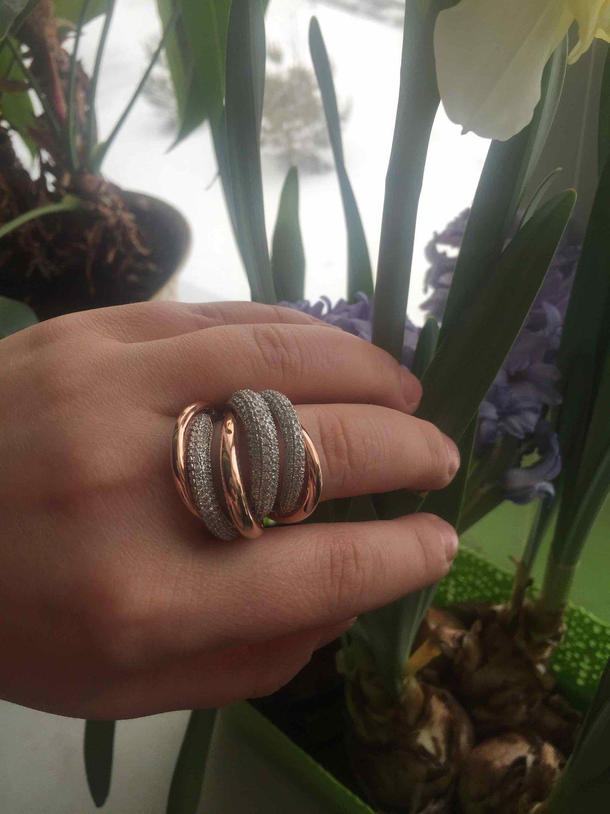 Богатое, шикарное кольцо!