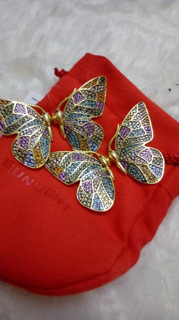 Серьги в виде бабочки с фианитами