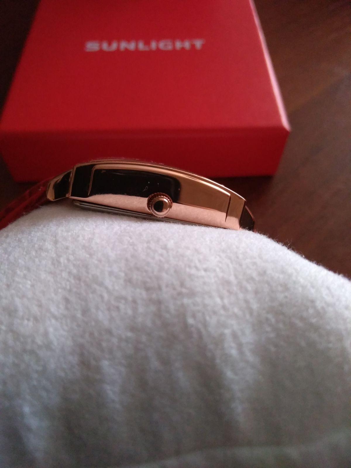 Отличные часы для яркой и стильной женщины!