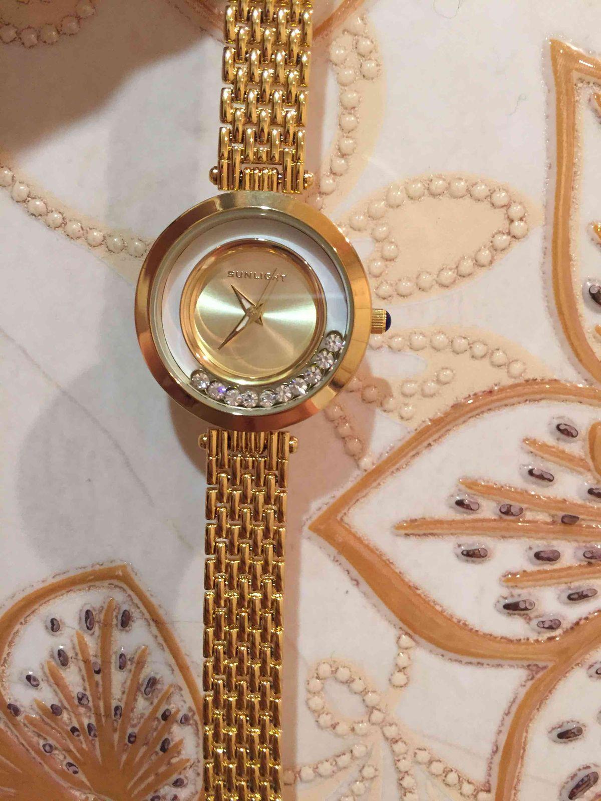Часы с кристаллами