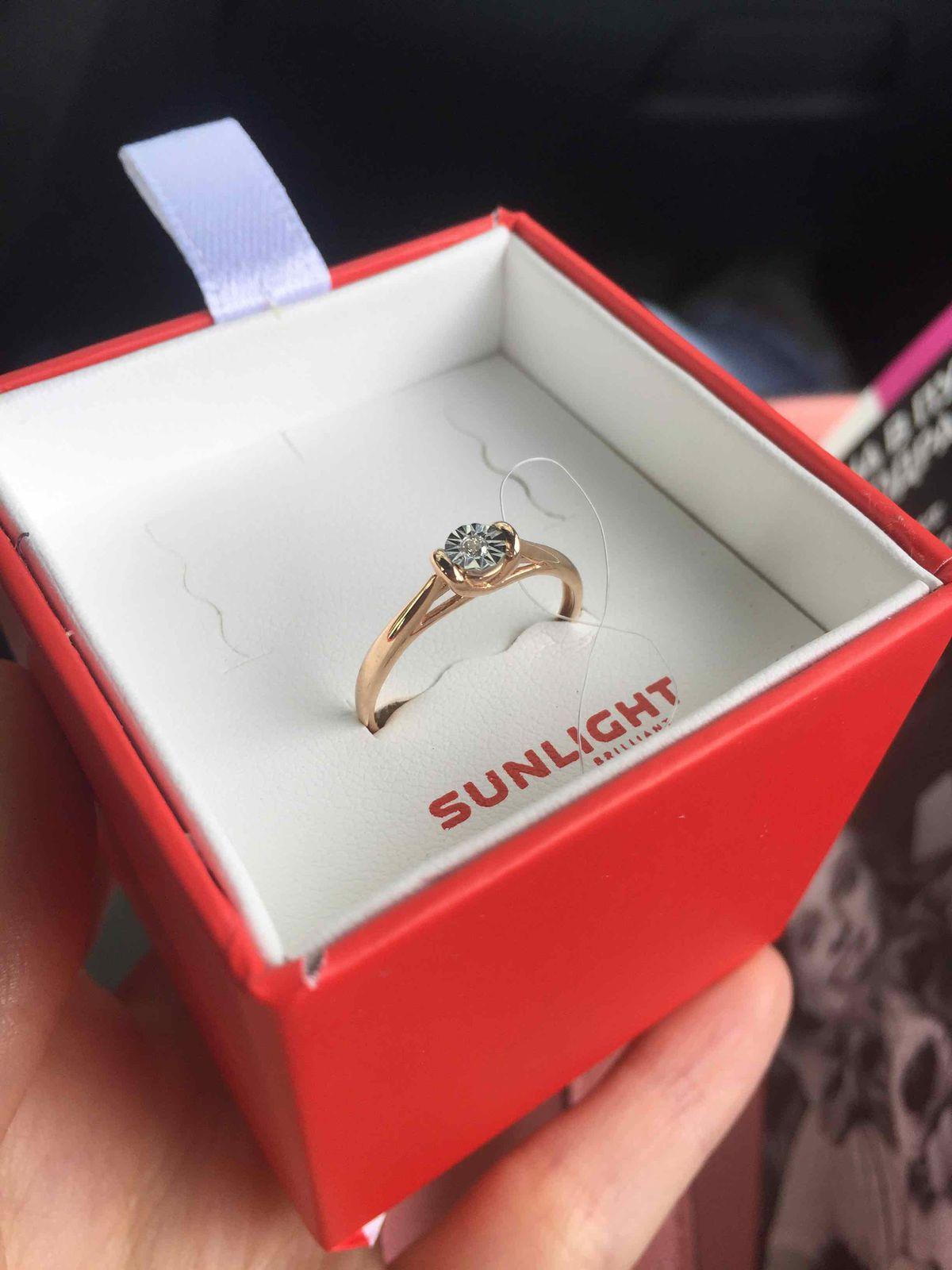 Потрясающее кольцо! Дорого и изящно!