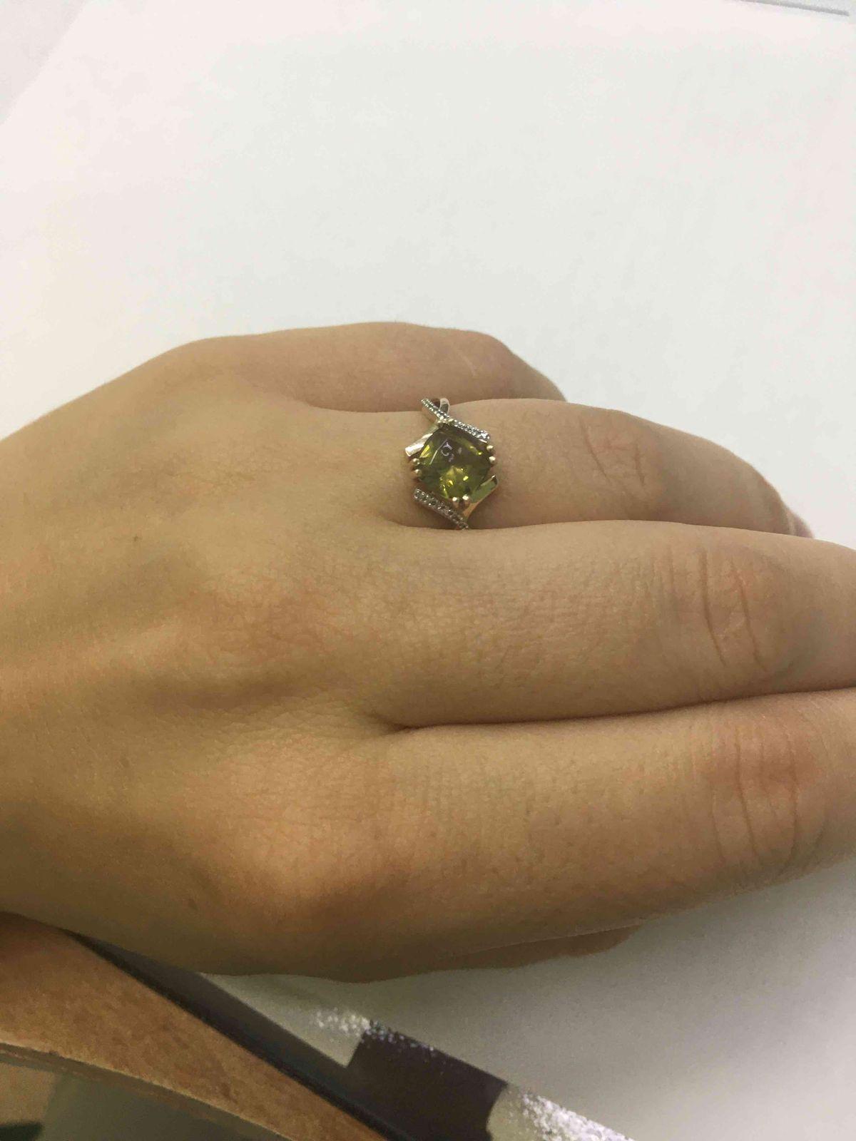 Серьги и кольцо с султанитом