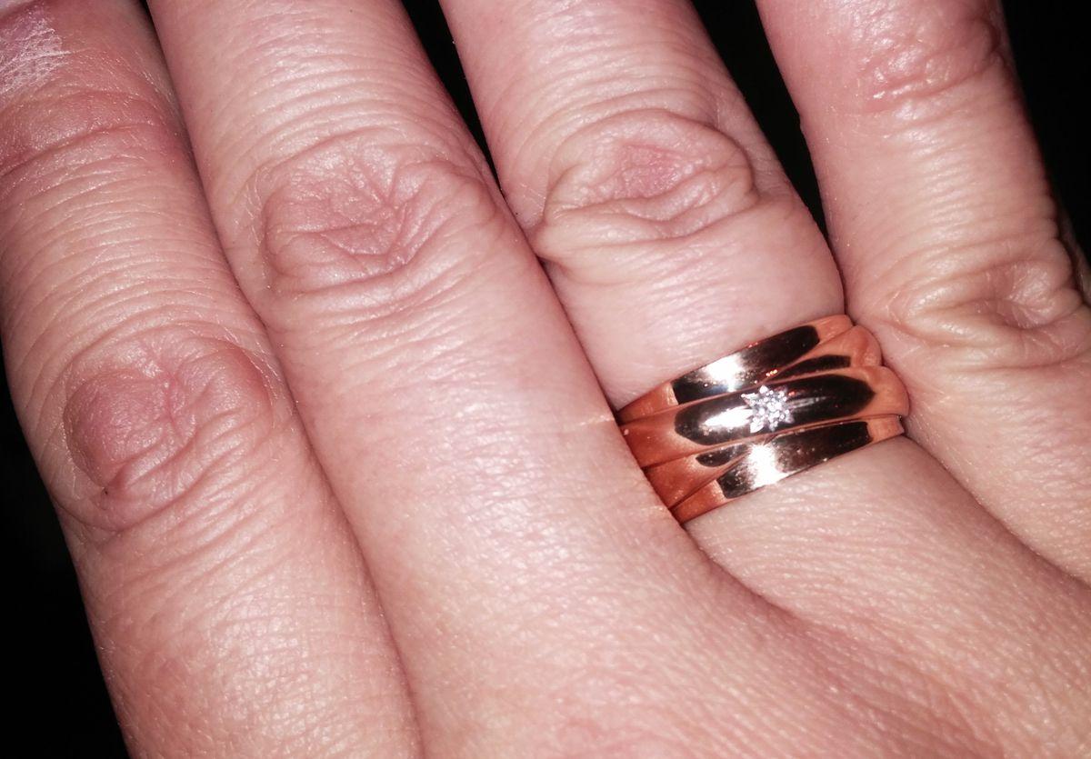Супер! Очень красивое обручальное кольцо.