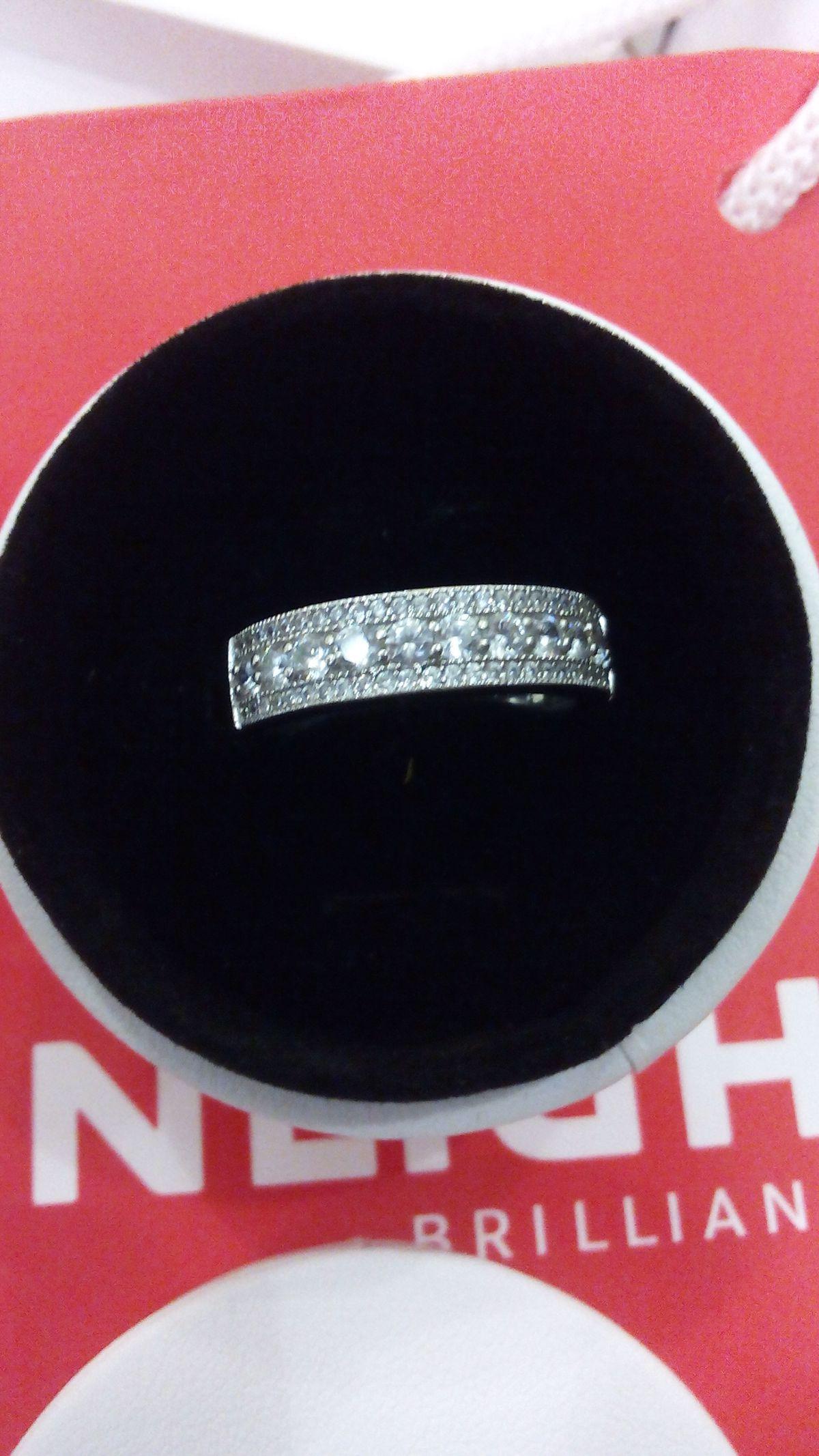 Купили красивое царское кольцо