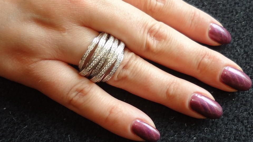 Эффектное коктейльное кольцо