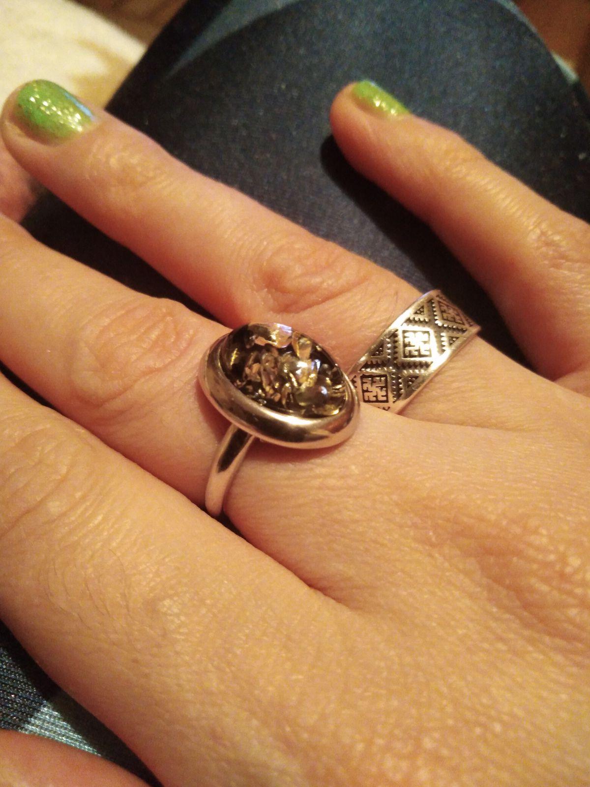 Классное кольцо! Надо брать!)))