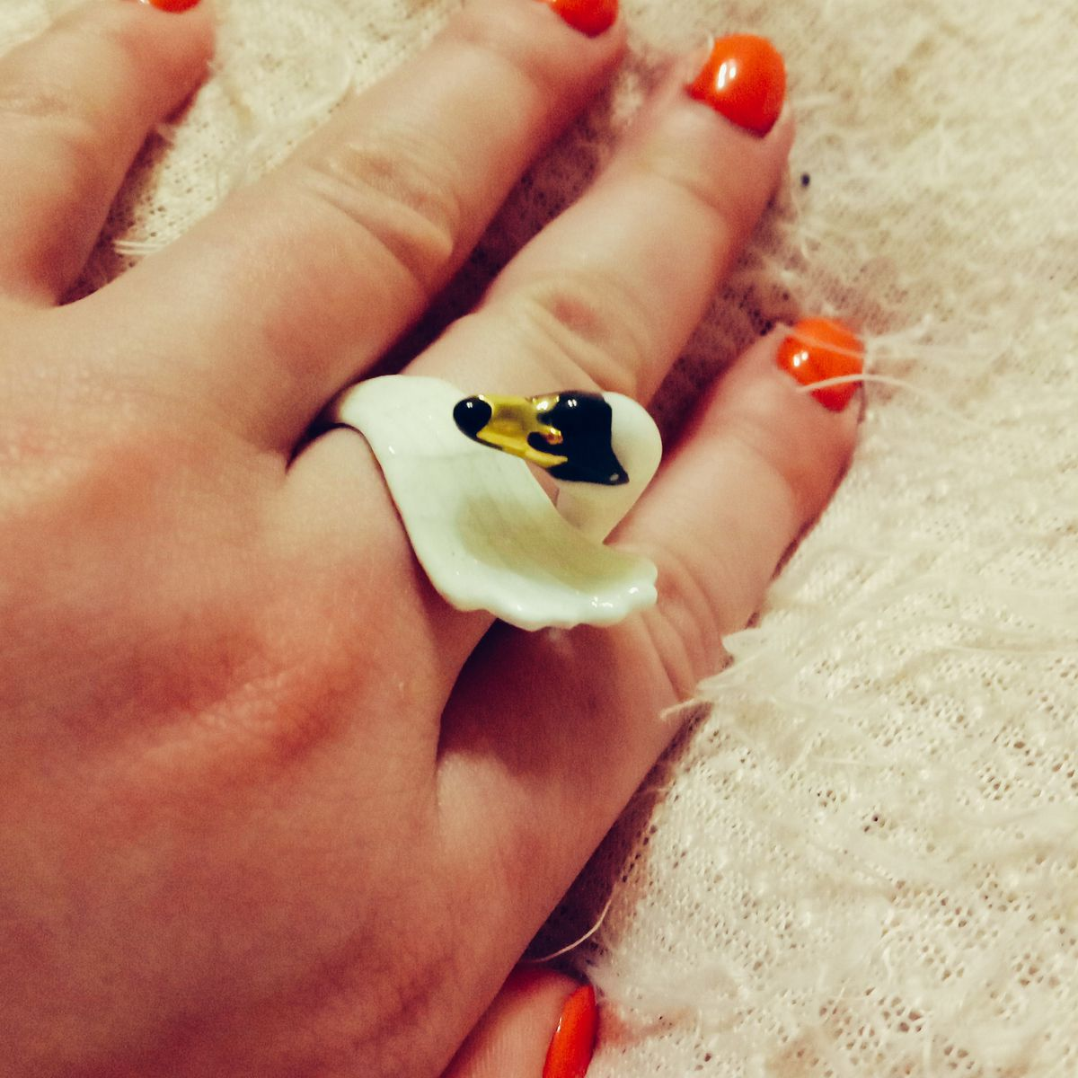 Кольцо с эмалью.