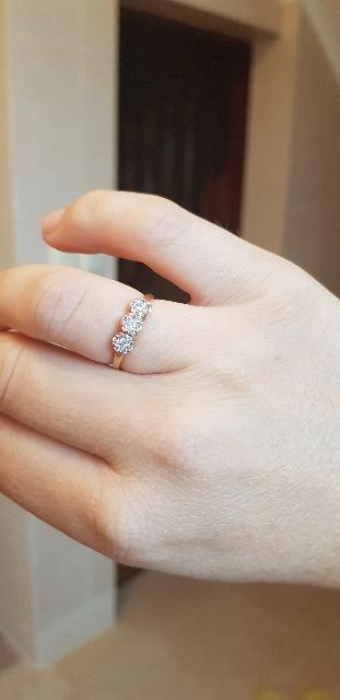 Изящное, нежное, бриллианты 🔥  на солнце и при искусственном освещении