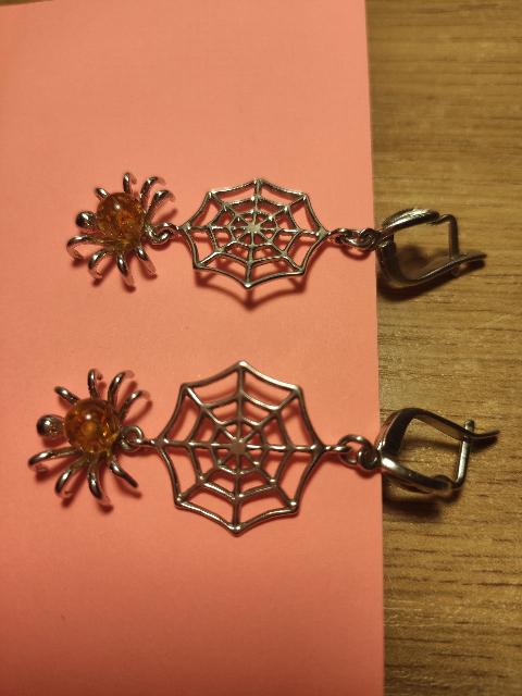 Сережки с янтарём.