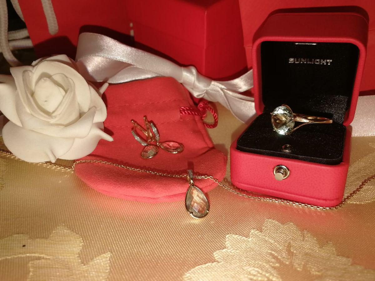 Золотой подвес с аметистом и бриллиантами