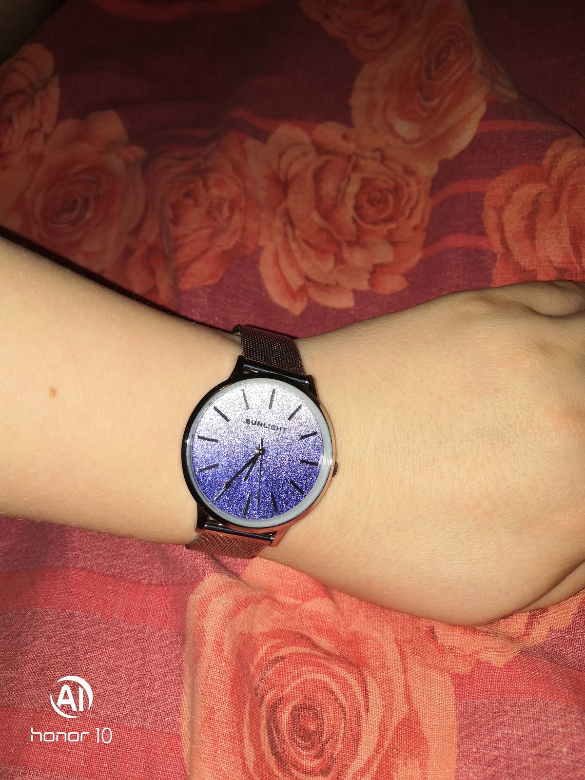 Хорошие часы и цена отличная спасибо за товар