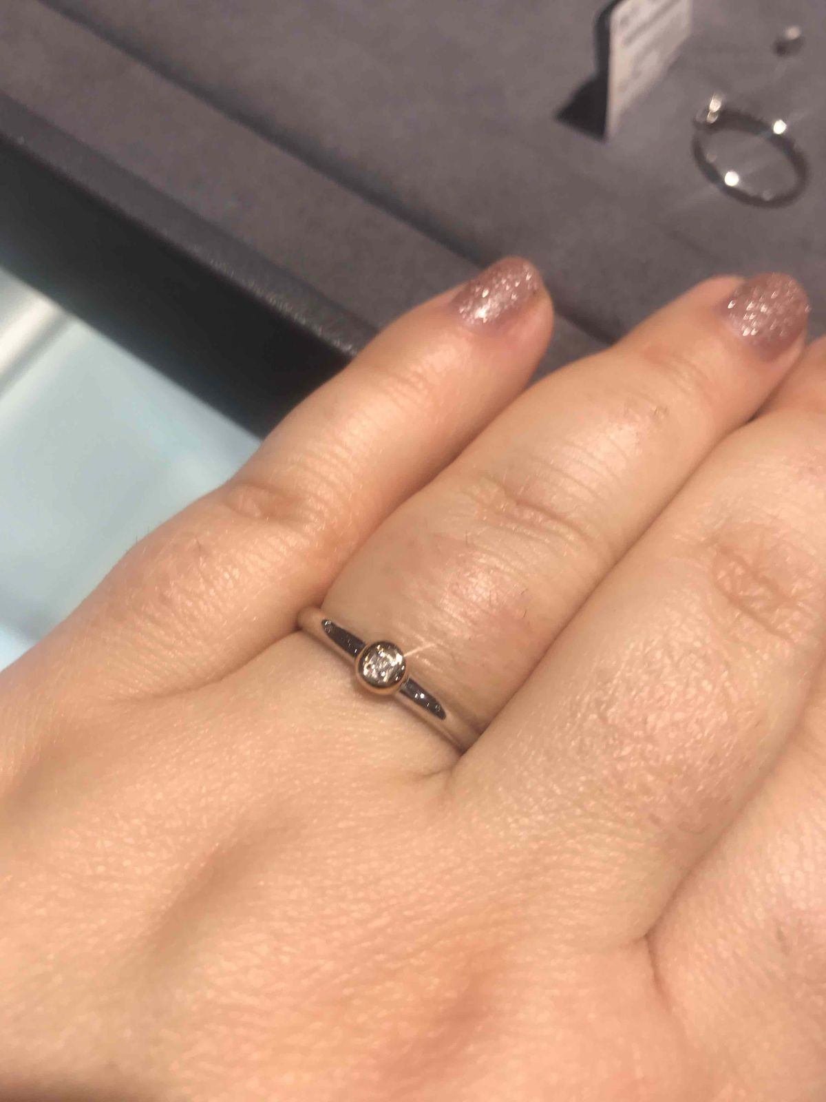Серебряное кольцо с бриллиантиком