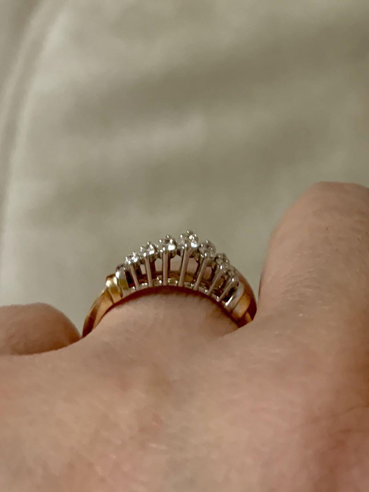 Кольцо с якутскими бриллиантами