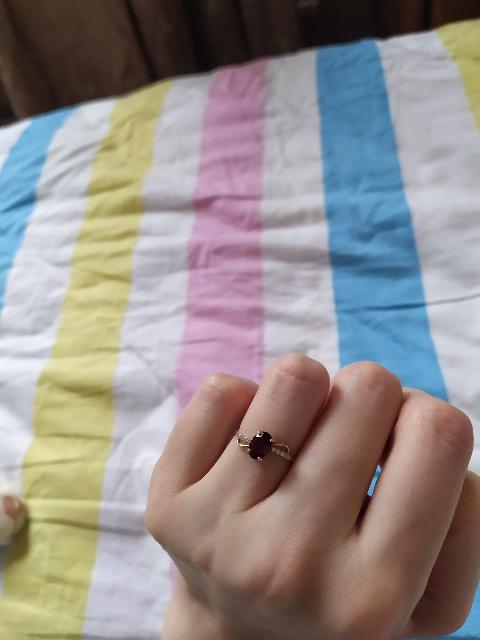 Тонкое колечко на тонкие пальцы