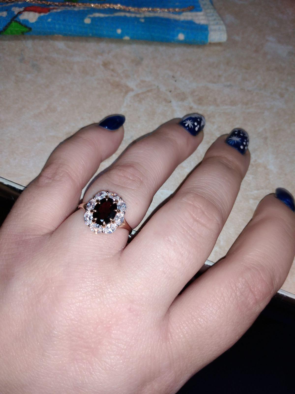Кольцо очень красивое!!!!