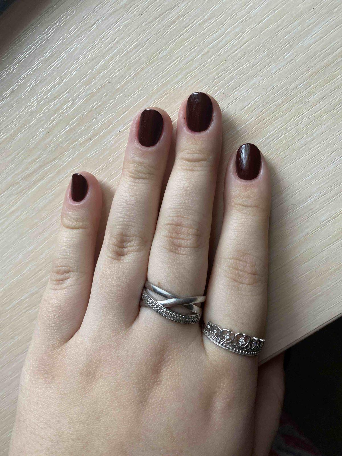 Красивое кольцо, смотрится на руке восхитительно!