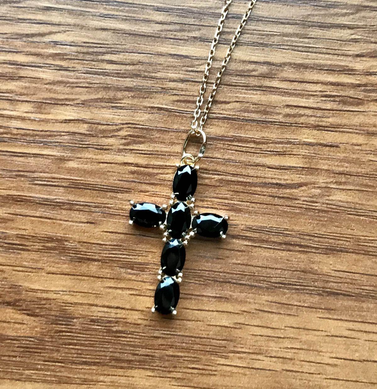Чёрный крестик