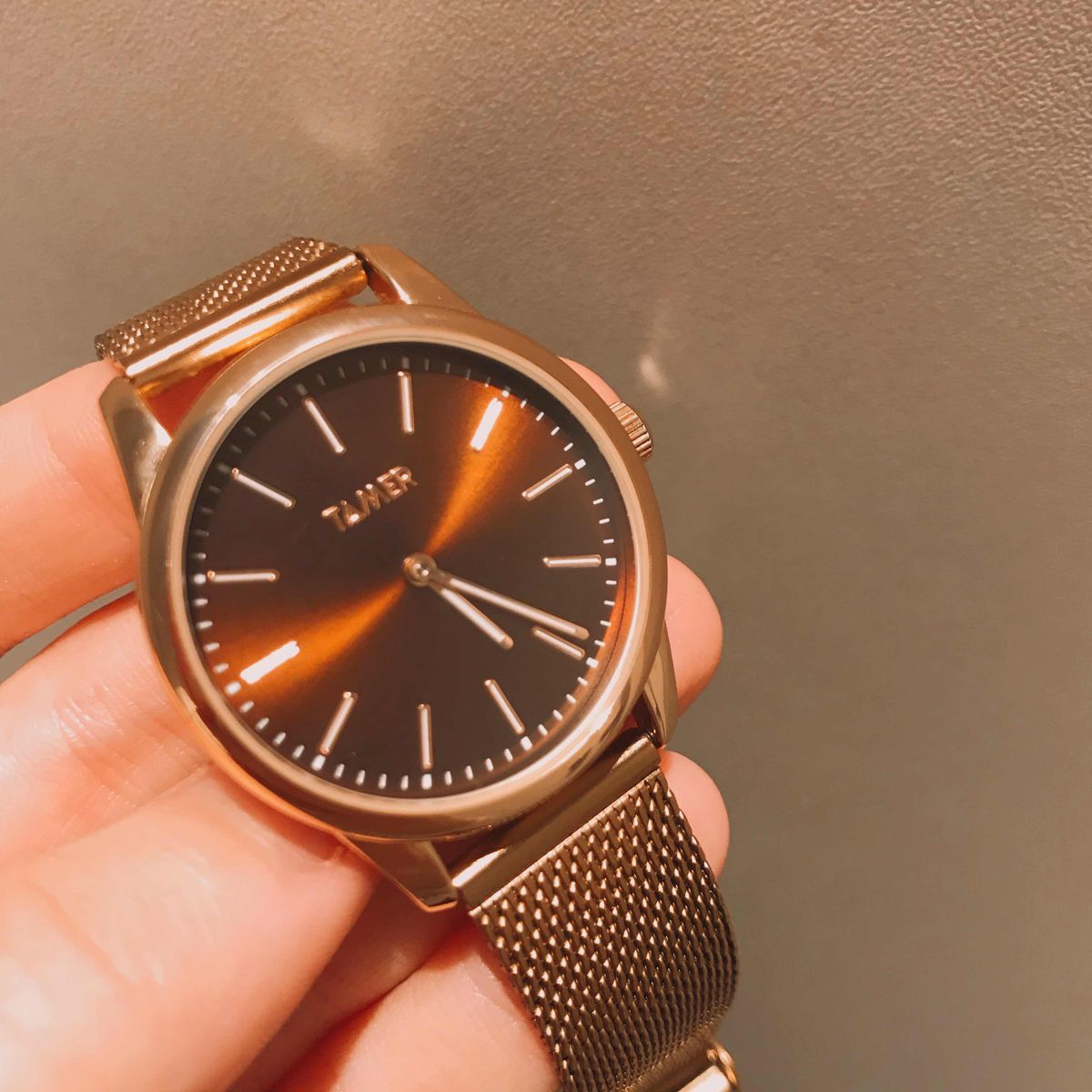 Очень стильные и элегантные часы