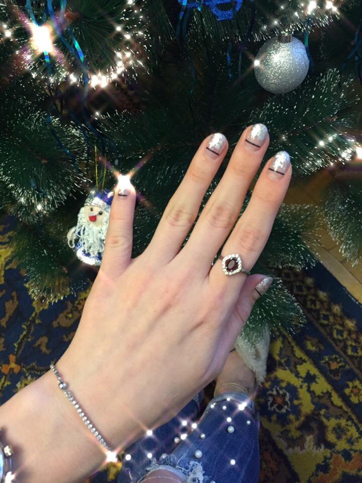Серебряное кольцо с гранатом и фианитами ❤️