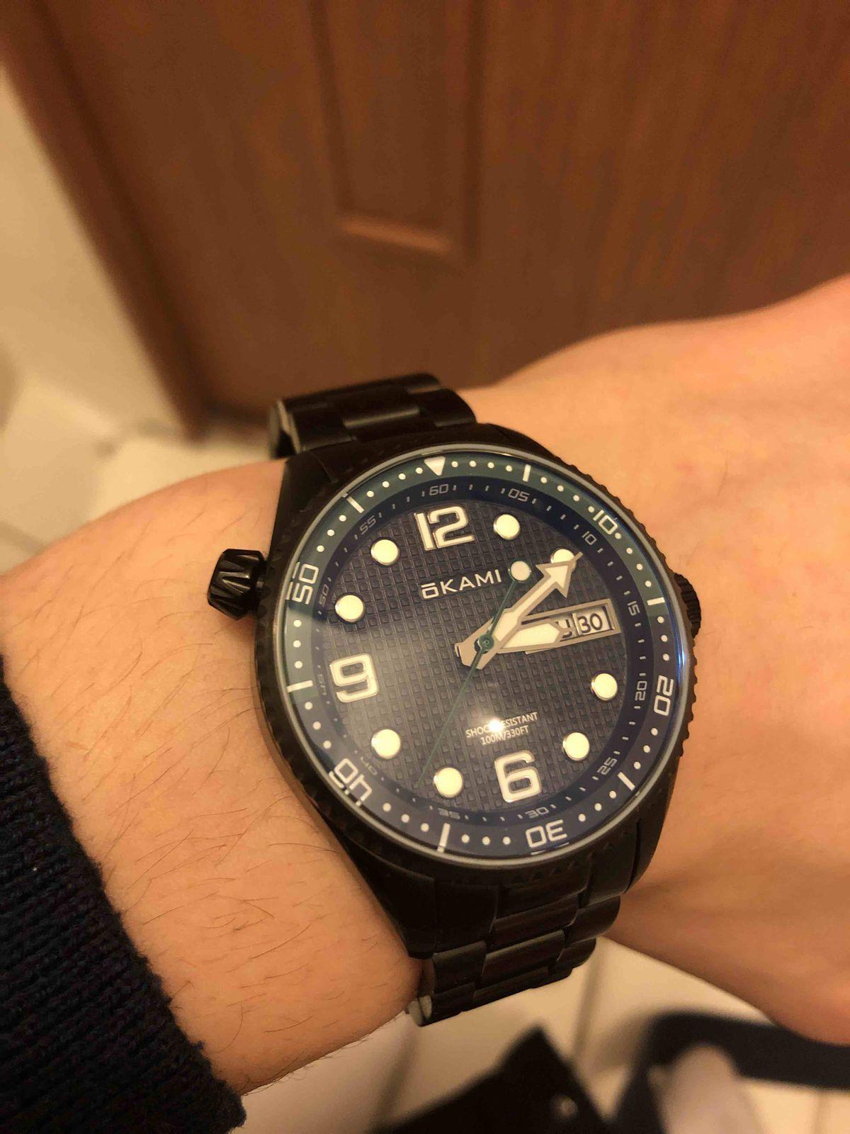 Солидные часы