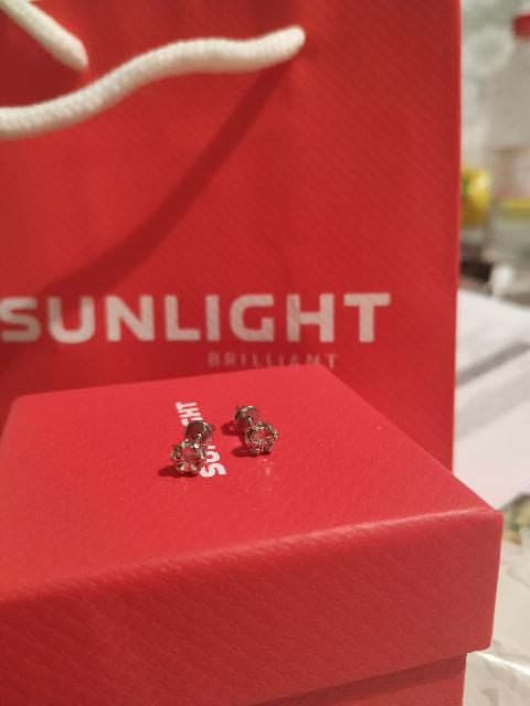 Пусеты с бриллиантом