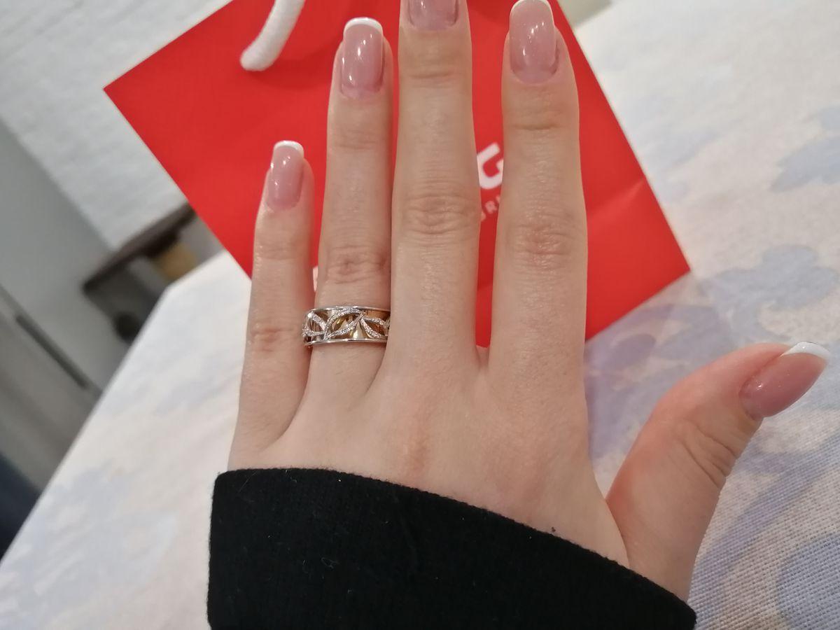 Восхитительное кольцо с бриллиантами!