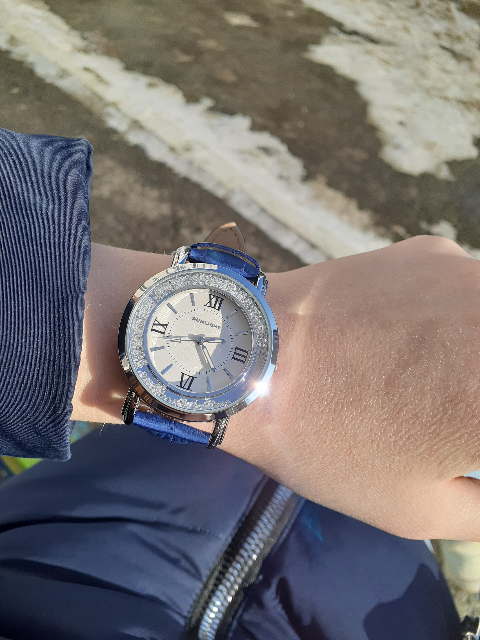 Часы  от sunligt
