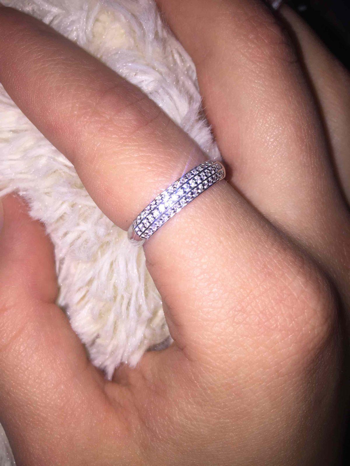 Приобрела сегодня серебряное кольцо с фианитом