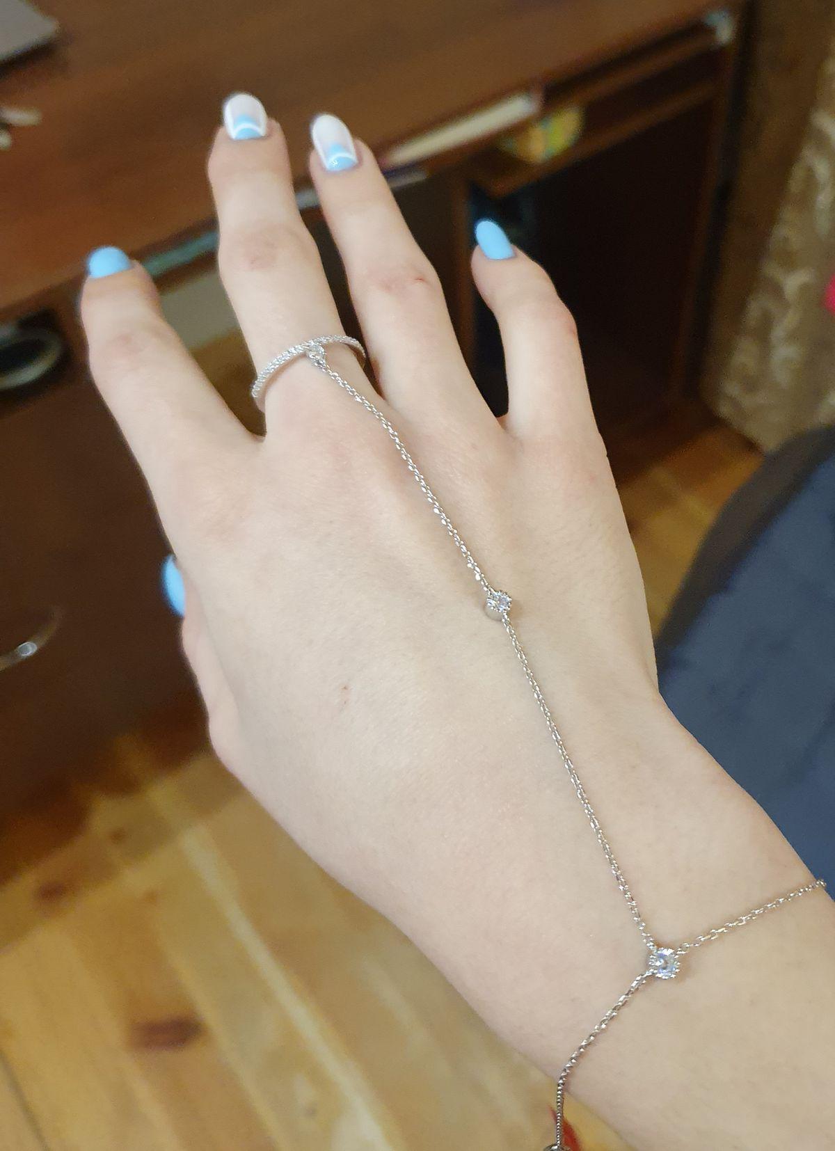 Очень красивый серебряный браслет