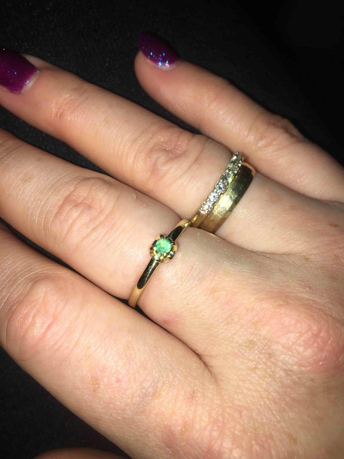 Кольцо с натуральным изумрудом
