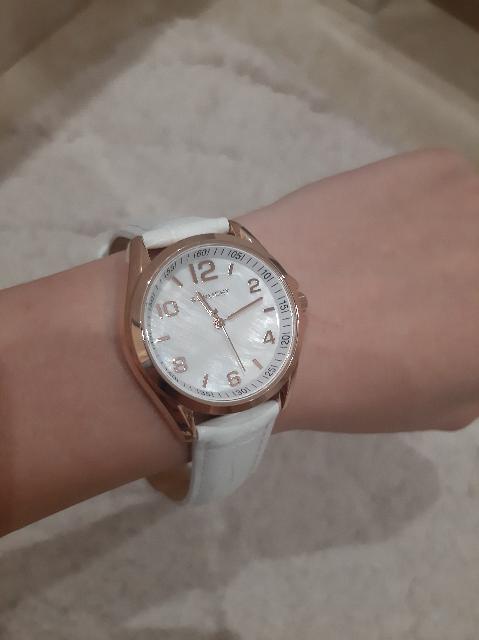 Красивые и удобные часы
