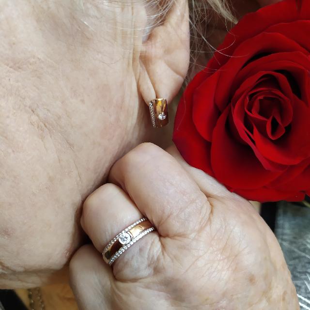 Роскошное кольцо для роскошной женщины.