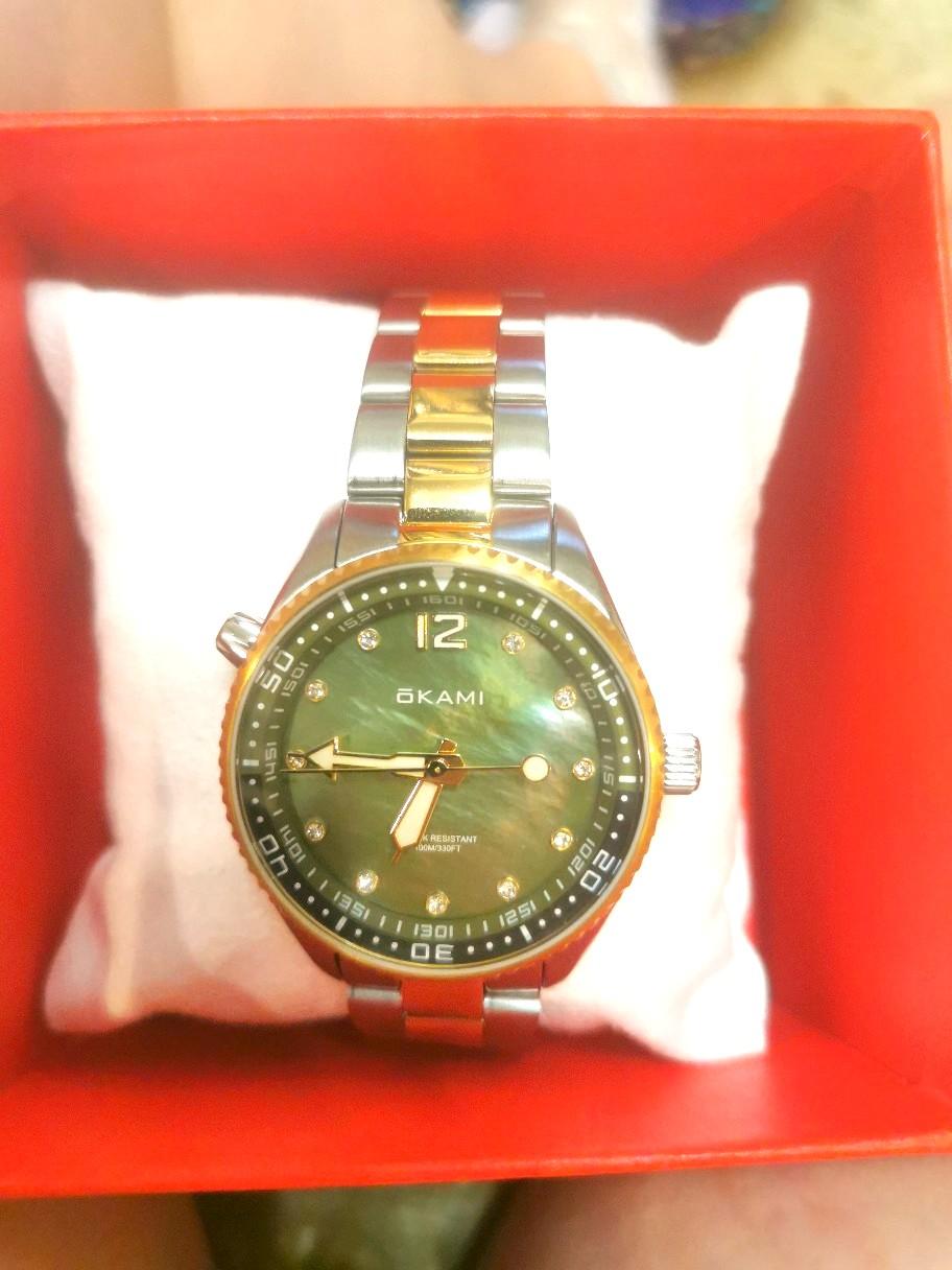 Часики мне в подарок на 8 марта!