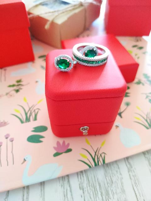 Кольцо, очень красивое!