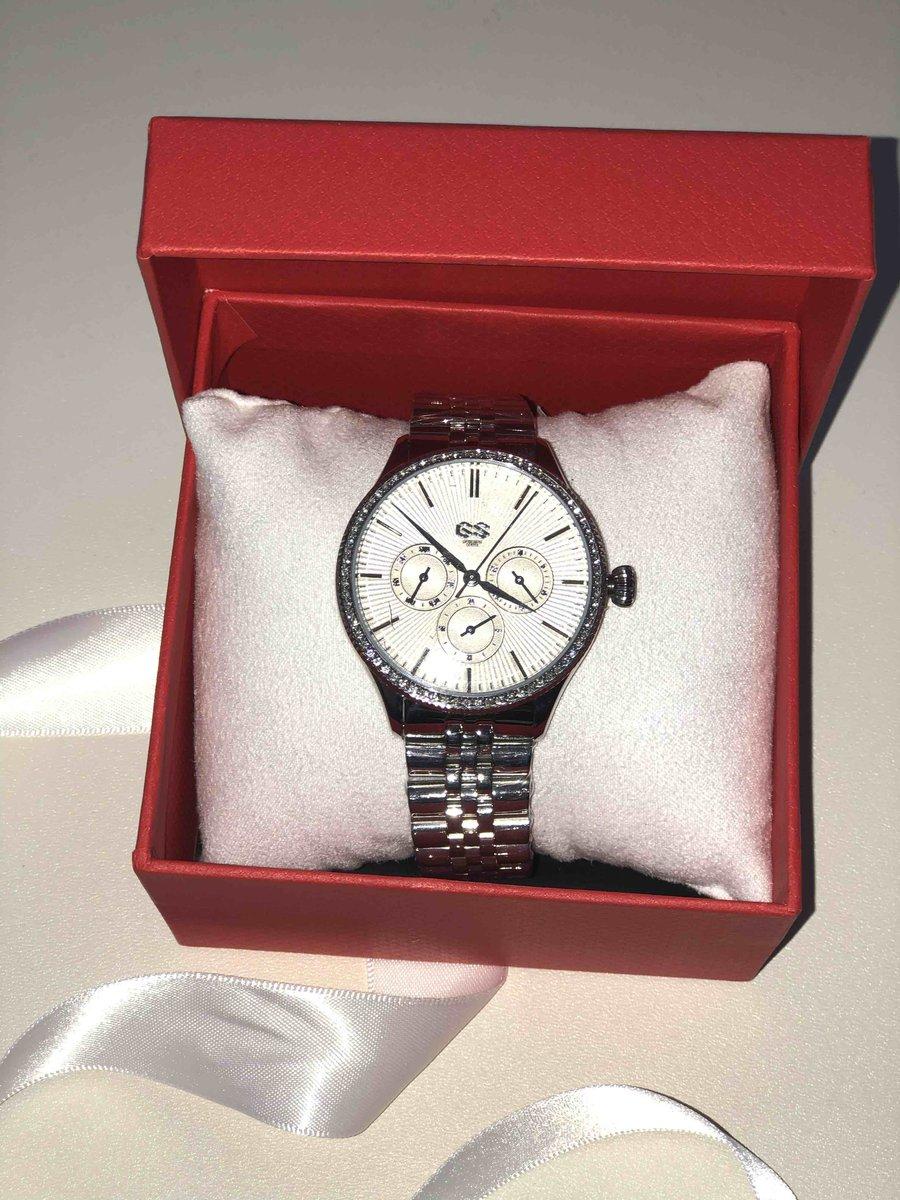 Отличные часы и скидка хорошая