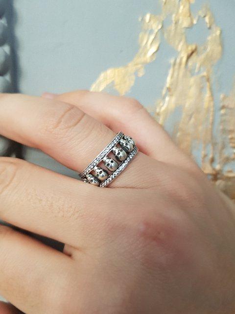Супер кольцо , с интересным дизайном