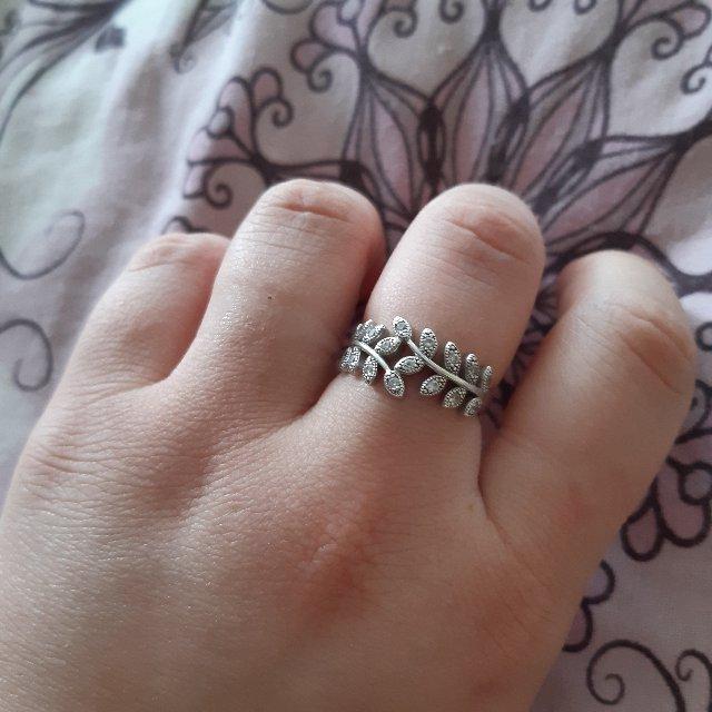Кольцо ,серебряное,  лепесток