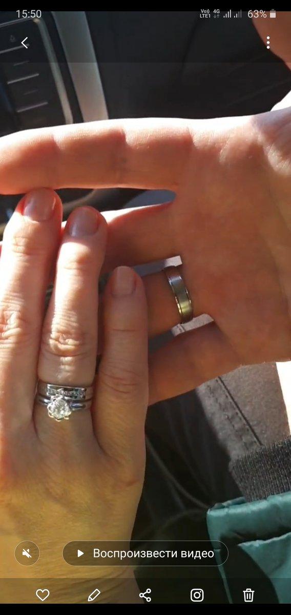 Сегодня обменялись с любимым кольцами)) Они  оба хороши!