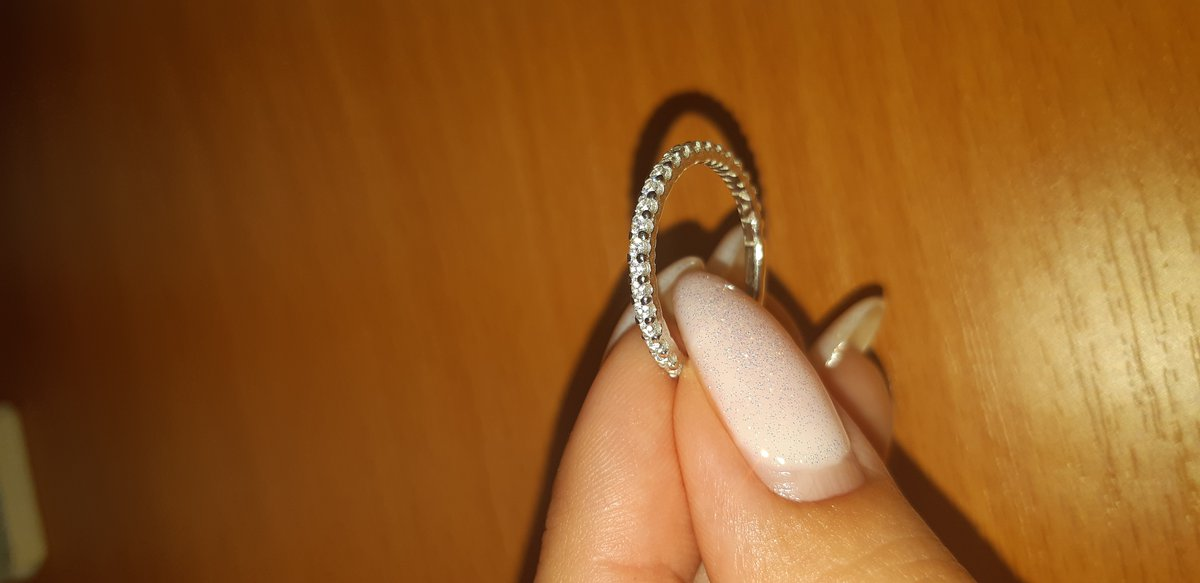 Кольцо красивое)