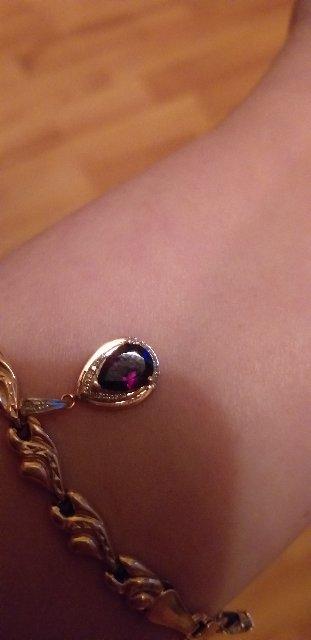 Очень красивая подвеска, прекрасно смотрится в сочетании с кольцом с гранат