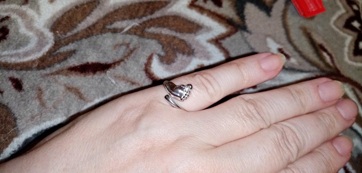Прекрасное кольцо, именно  то, что хотела