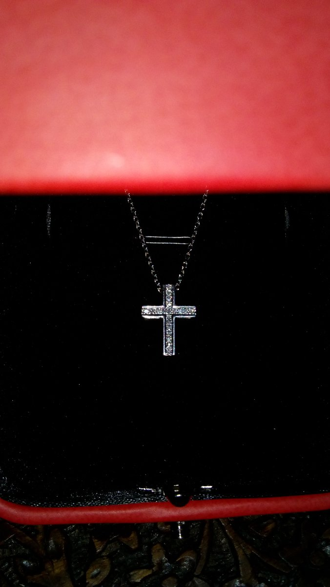 Крестик с бриллиантами 💎