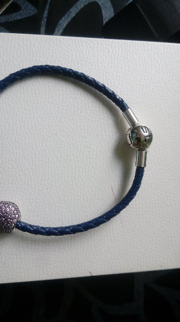 Синий кожаный браслет с шарообразным замком