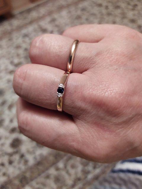 Красивое, нежное кольца ! Очень нравится , покупкой довольна !!
