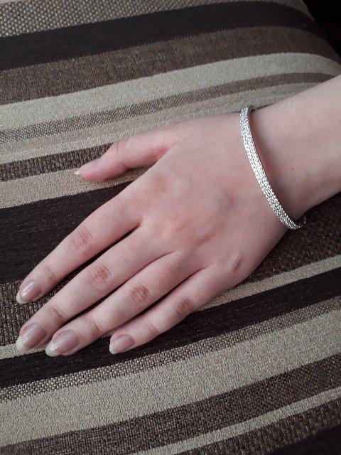 Браслет серебряный с фианитами (размер 18).