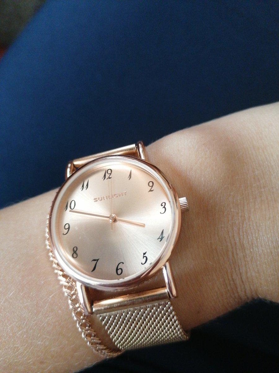 Прекрасные часы, хорошее качество.
