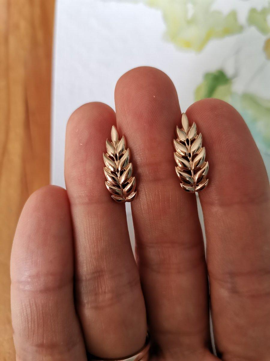 Милые и необычные серьги-листочки