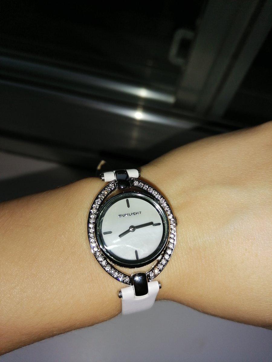 Часы женственные