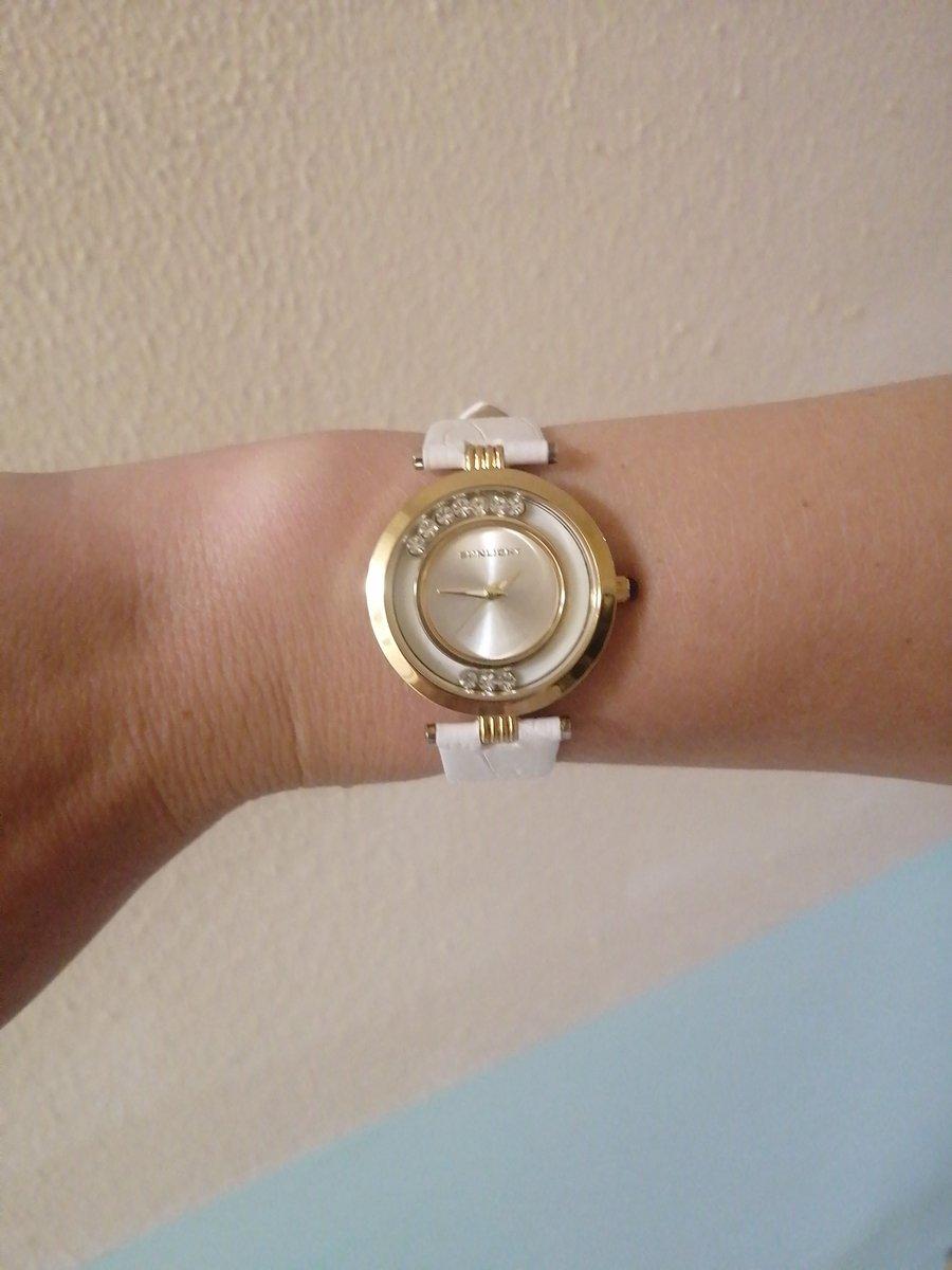 Прекрасные часы, выглядят отлично,безконтактная доставка на дом